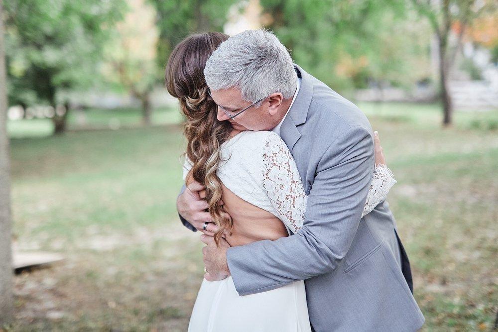 Maywood-Stone-Barn-Wedding-Rochester-Minnesota-Perry-James-Photo_0580.jpg