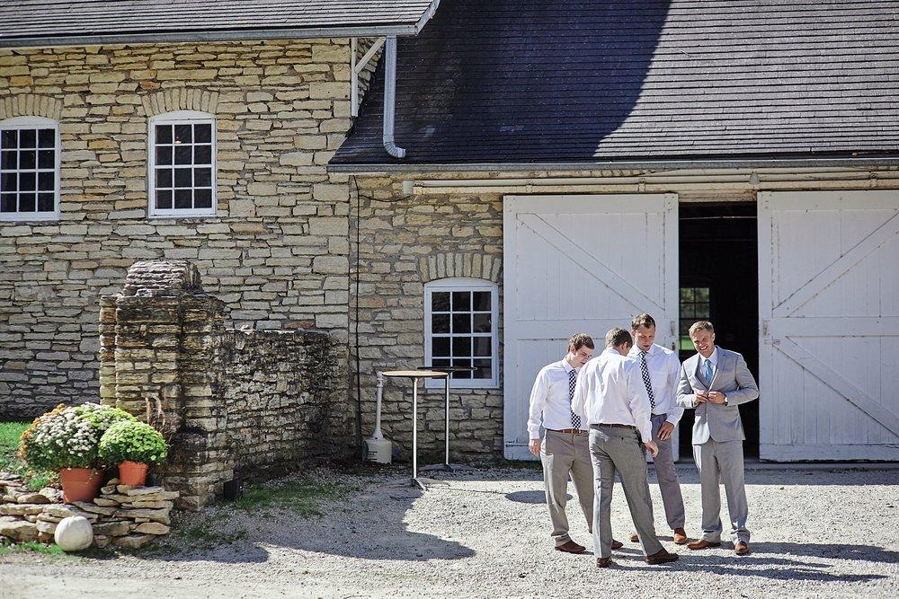 Maywood-Stone-Barn-Wedding-Rochester-Minnesota-Perry-James-Photo_0599.jpg