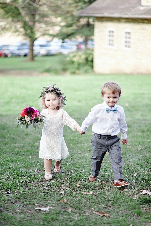 Maywood-Stone-Barn-Wedding-Rochester-Minnesota-Perry-James-Photo_0634.jpg