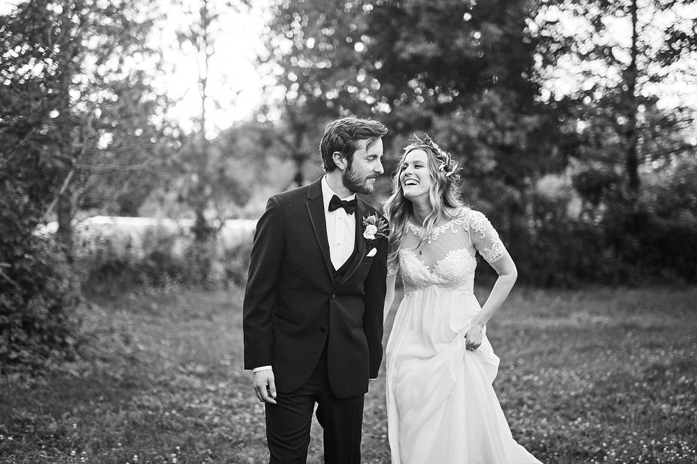 Fairhaven-Farm-South-Haven-Minnesota-Barn-Outdoor-Wedding-Josh-Kailey_1037.jpg