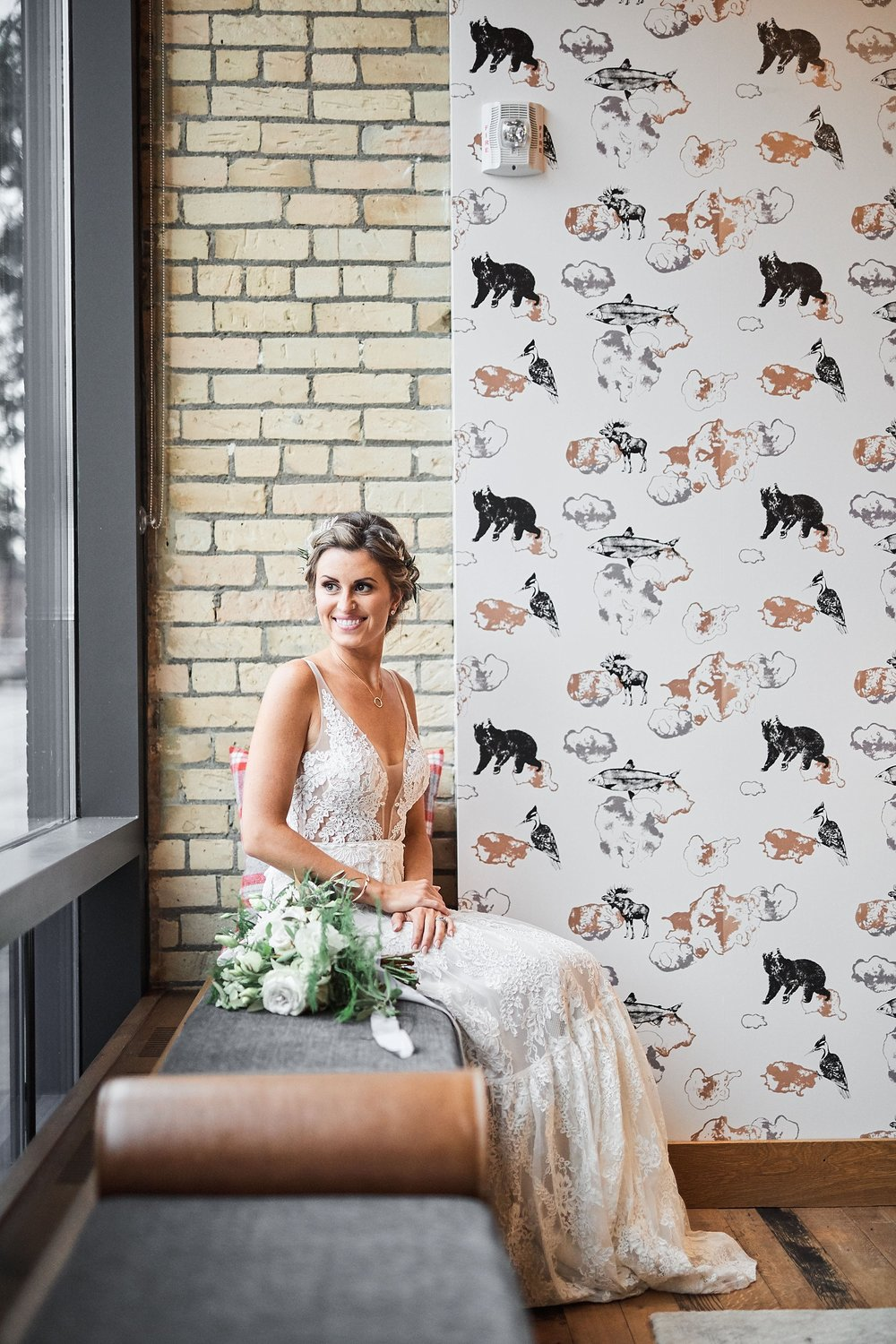 Hewing-Hotel-Minneapolis-Minnesota-Wedding-Rooftop-Bride-Engaged_1188.jpg