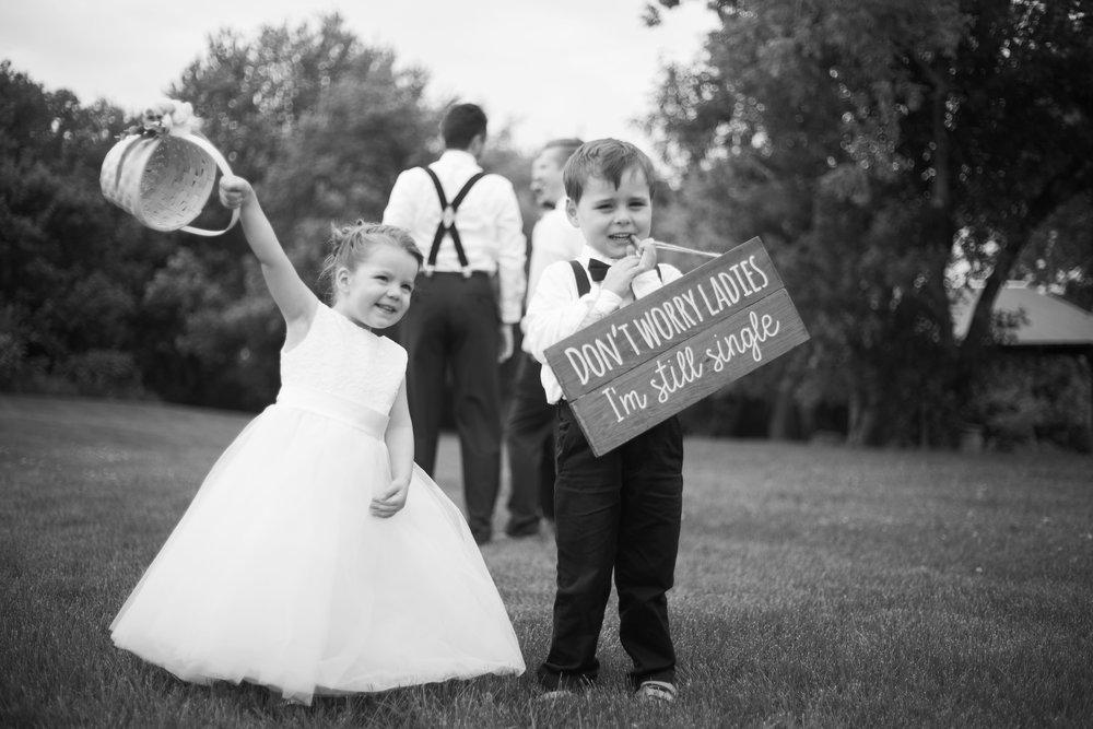 bloom-lake-barn-wedding-shafer-minnesota.jpg