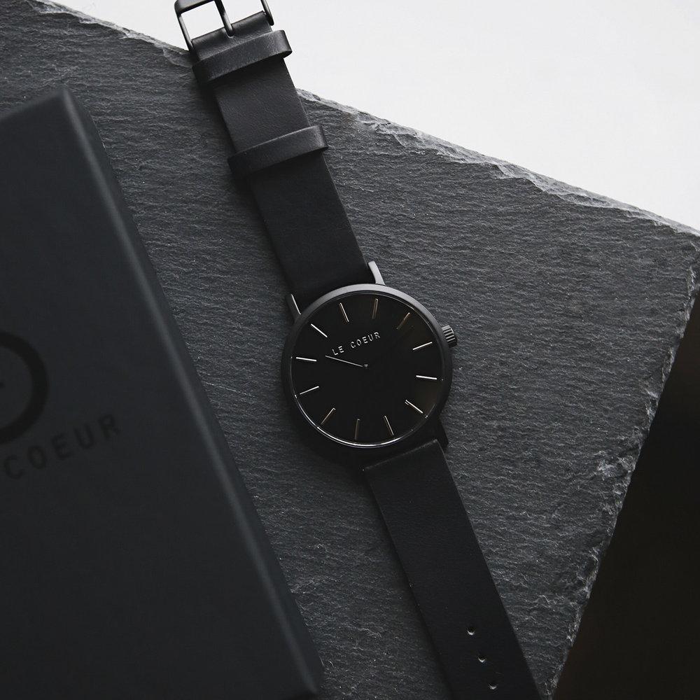 Le Coeur All Black New York Classic Watch.jpg