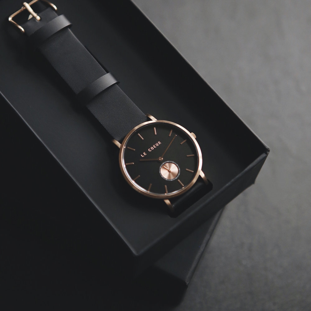 Le Coeur Rose Gold Black Dubai Watch2.jpg