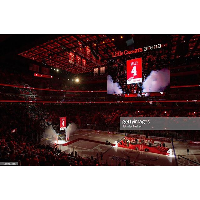 Red Kelly's #4 jersey is raised to the rafters. 02-1-19 Det v Tor