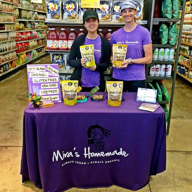 We love meeting new people and sharing our raw granola with them! Come visit us for free samples and lots of smiles. See you there!