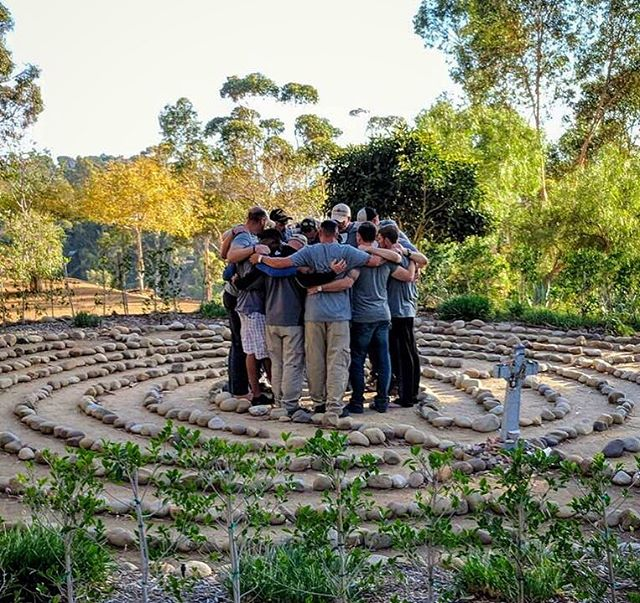 Cohort 048; the Labyrinth. Closing the week out where they started it. We are proud of these men and thankful they answered the call. 🙌🏽 🎯 🤘🏽 #justsaveone #teamsave #saveawarrior #ptsd #relief #anxiety #stress #depression #love #brothers #warriors #military #army #navy #usmc #airforce #meditate #cali #California #Ohio #texas #sunset #hope #mindfulness #trust #faith www.saveawarrior.org