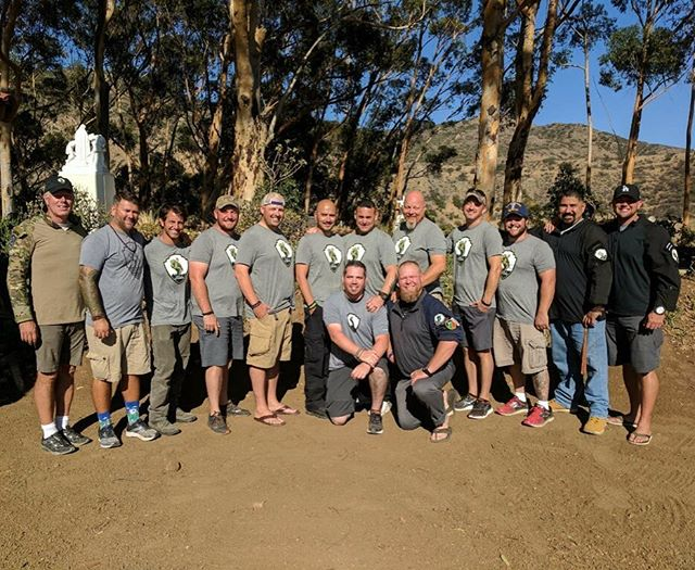 Cohort 047 is complete!! These men traveled a million miles this past week. Way to take your lives back! We're proud of you! 💯 🎯 🙌🏽 #justsaveone #teamsave #saveawarrior #ptsd #relief #anxiety #stress #depression #love #brothers #warriors #military #army #navy #usmc #airforce #meditate #cali #California #Ohio #texas #sunset #hope #mindfulness #trust #faith www.saveawarrior.org