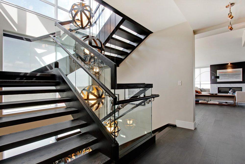 residential-penthouse-lighting-pendants-1.jpg