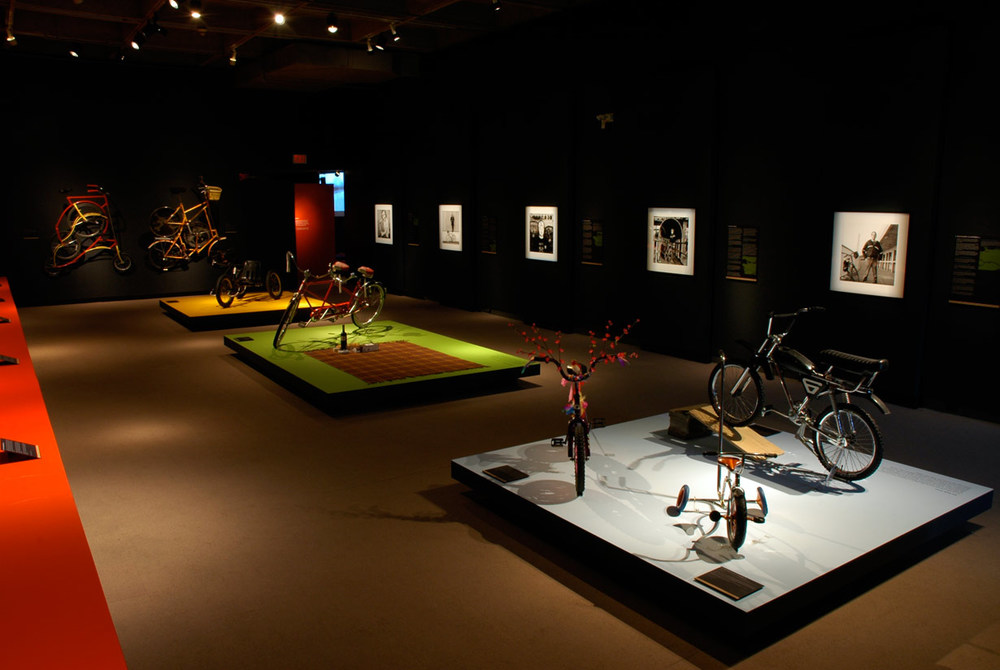museum-exhibition-design-velocity6.jpg
