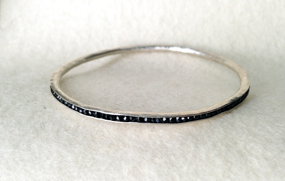 AC,Bangle.spinel.2RS.jpg