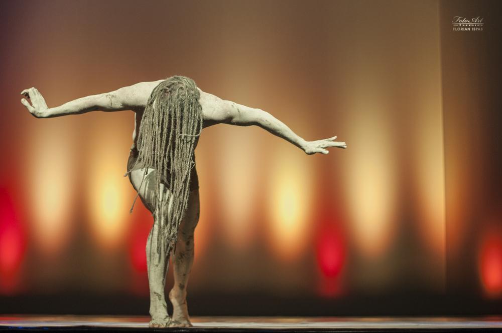 Momo Sanno | contemporary dancer | choreographer | Forgotten Rhythms | BABEL Festival16.png