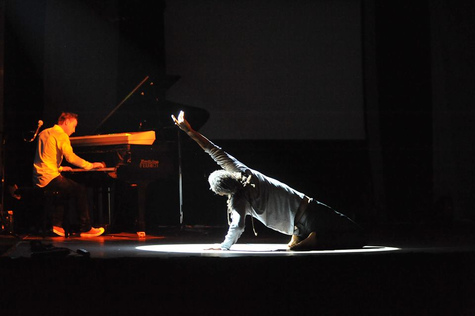 Momo Sanno | contemporary dancer | choreographer | Classic meets contemporary show8.png