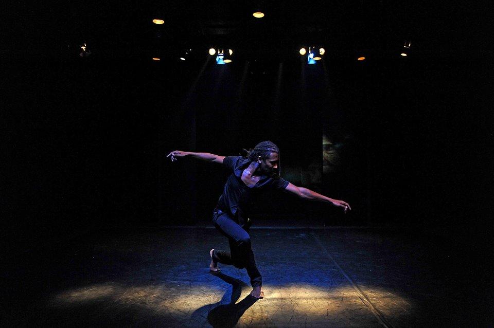 Momo Peter Sanno Contemporary dancer choreographer Berlin Bucharest 005.png