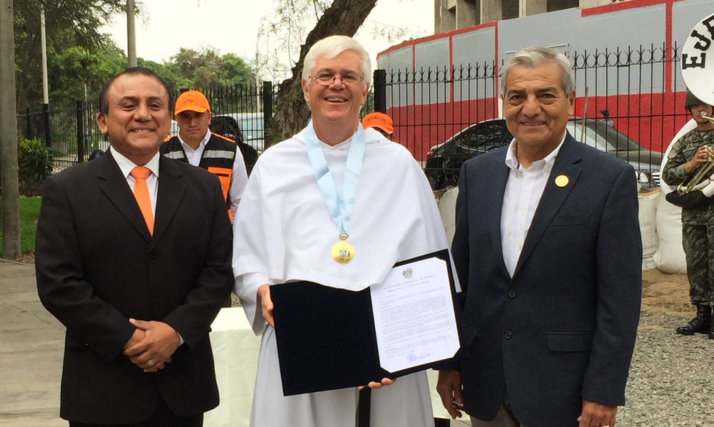 Pictured (l-r) Head of Civil Defense, Fr. Lydon and Mayor of Trujillo, and the regional general of the National Police.