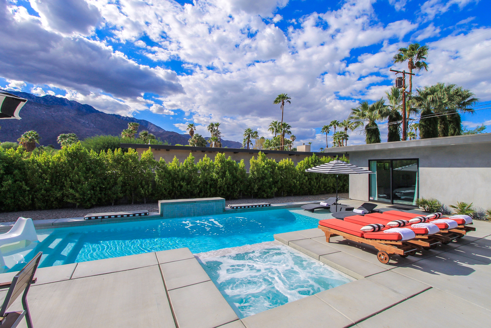 Palms-at-Park-Palm-Springs-Vacation-Rental-Home-1.jpg