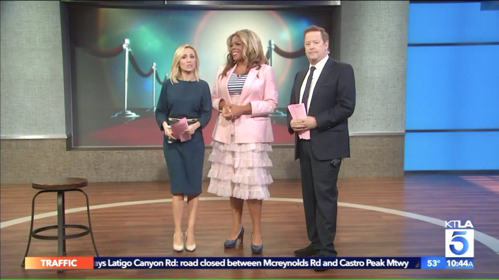 Dr. Liza joined Jessica and Sam at KTLA and showed them how to get red carpet ready with an easy posture fix. Look out for them covering the red carpet at the OSCARS! They will be the ones with the great posture.   WATCH THE SEGMENT HERE