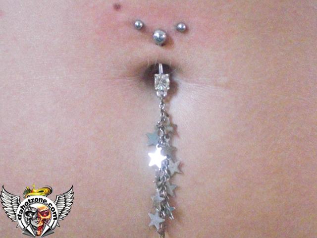 Navel  horizontal piercing .jpg