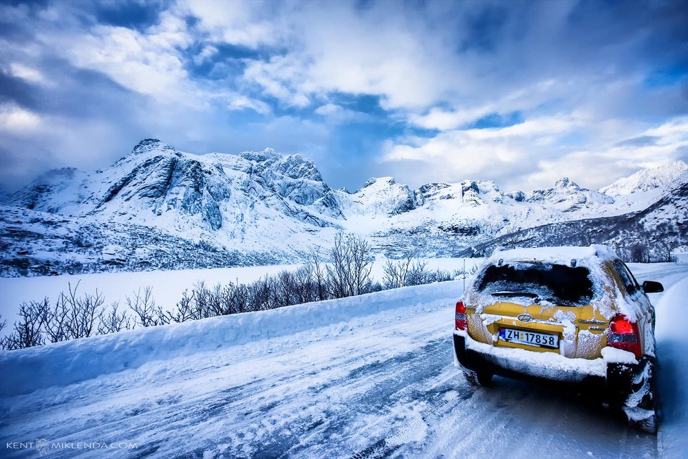 Norway winter driving car on road to nusfjord by kent miklenda 800pxh KM.jpg