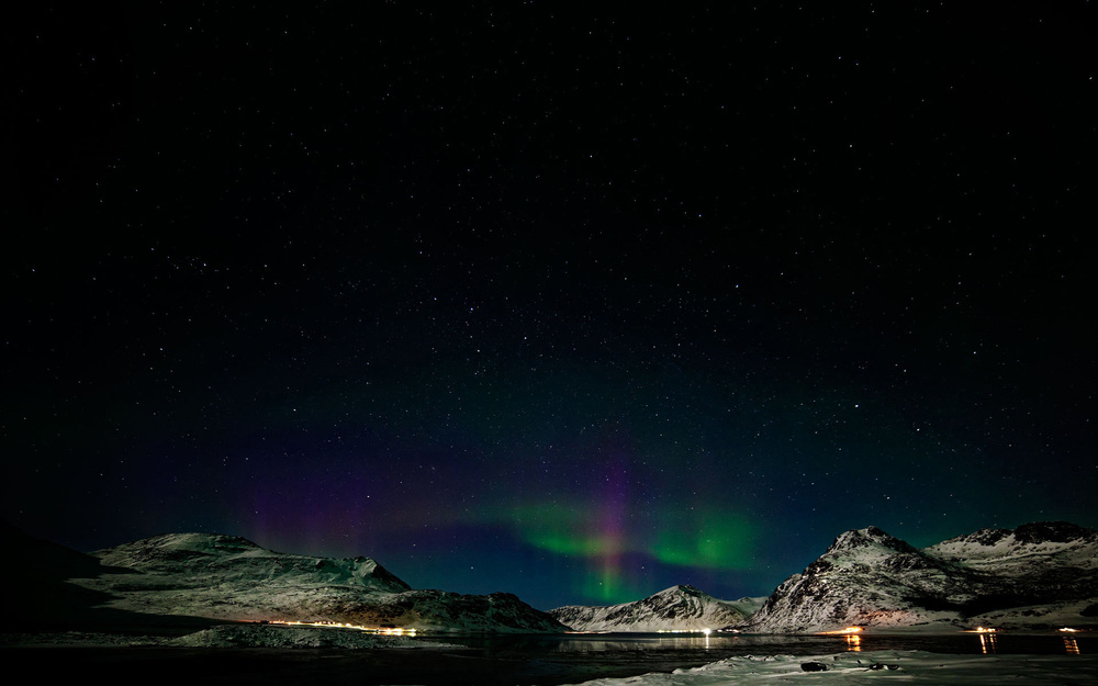 norway-flakstad-pollen-aurora-borealis-photo-by-kent-miklenda.jpg