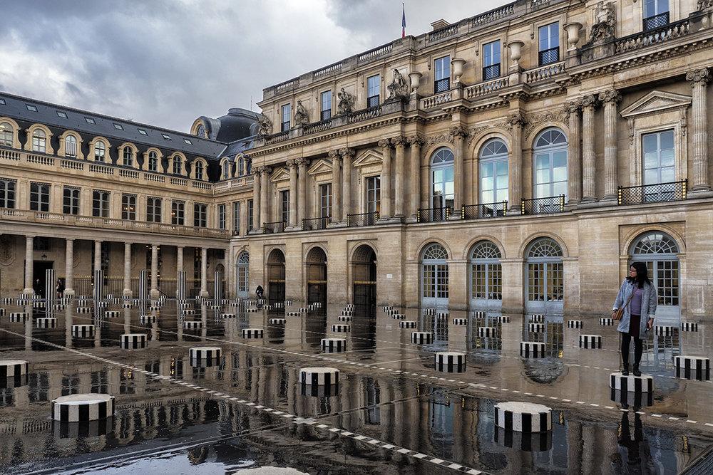 Paris Place du Palais Royal v3.jpg