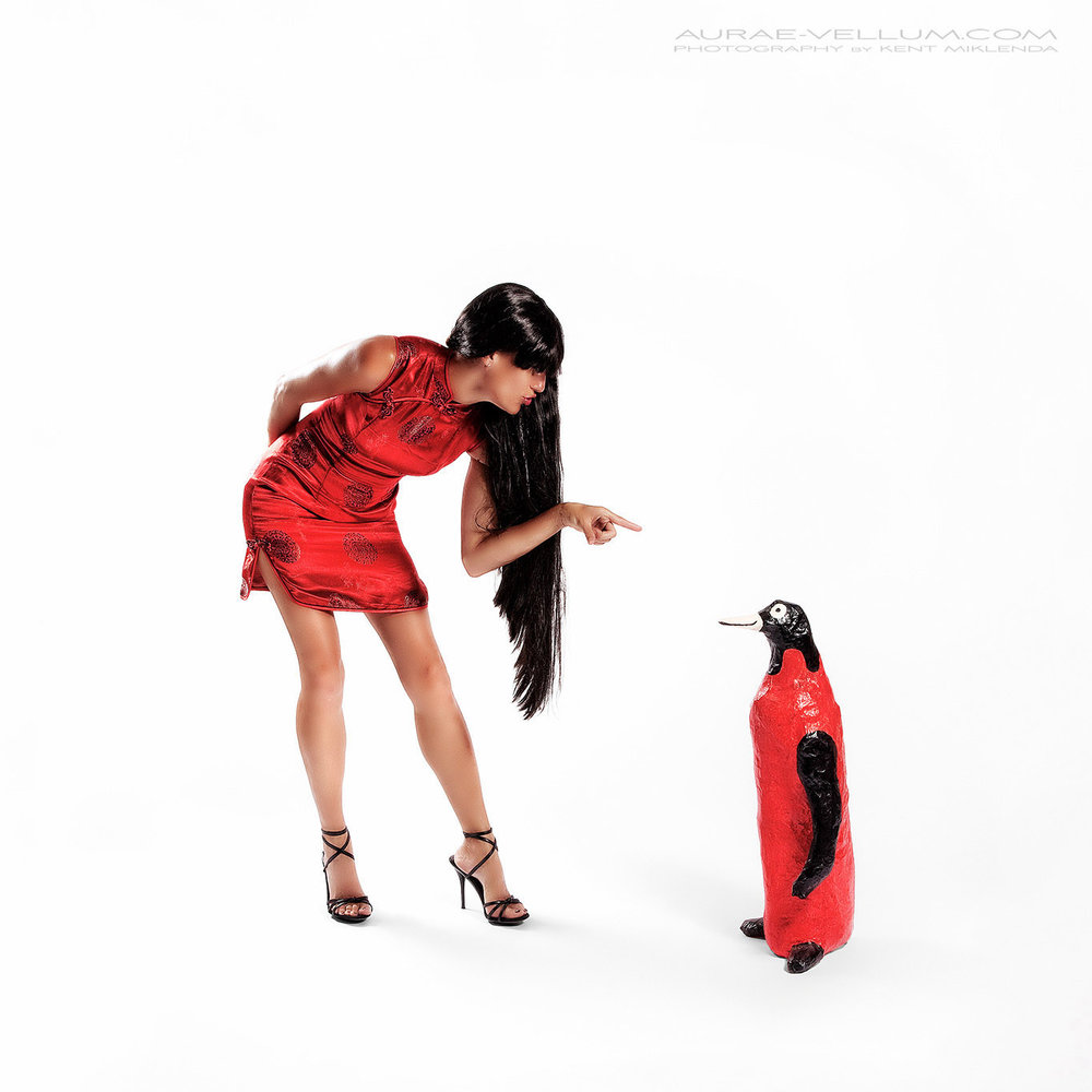 Samantha-and-the-penguin-1365pxh-AVKM.jpg