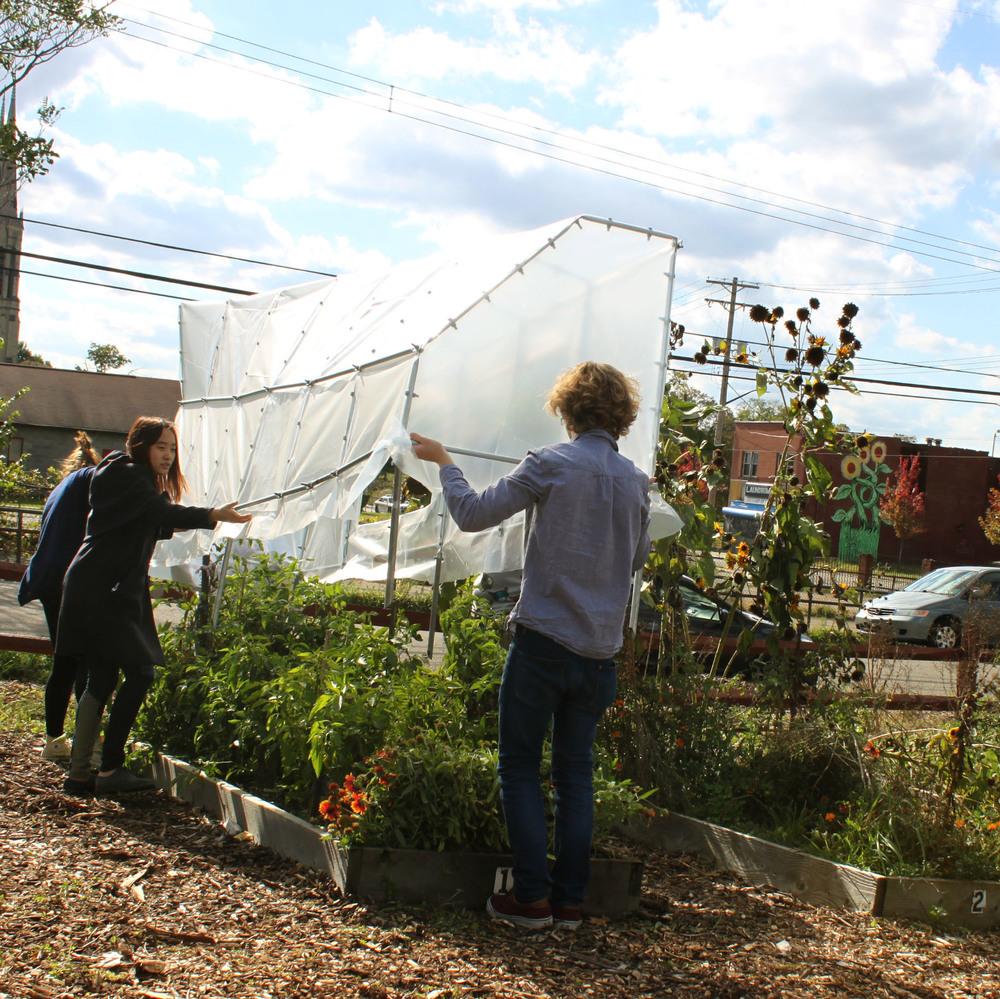 COMMUNITY HOOP HOUSE                     F14