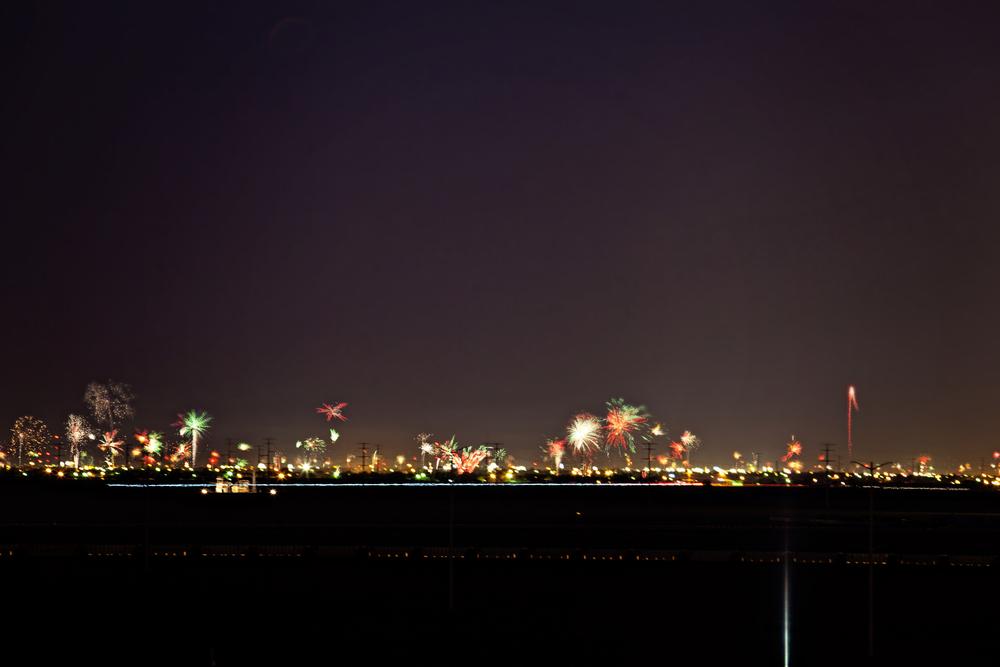 fireworkhorizon.jpg