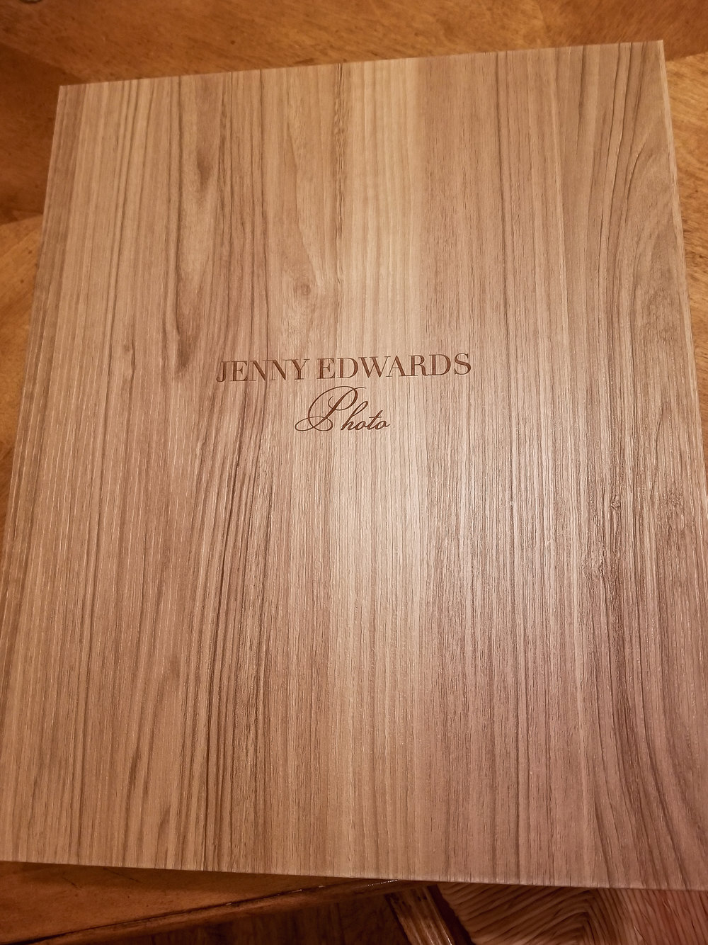 amarillo's premiere portrait photographer jenny edwards photo offers luxury products like this beautiful woodgrain box to house your leather portfolio