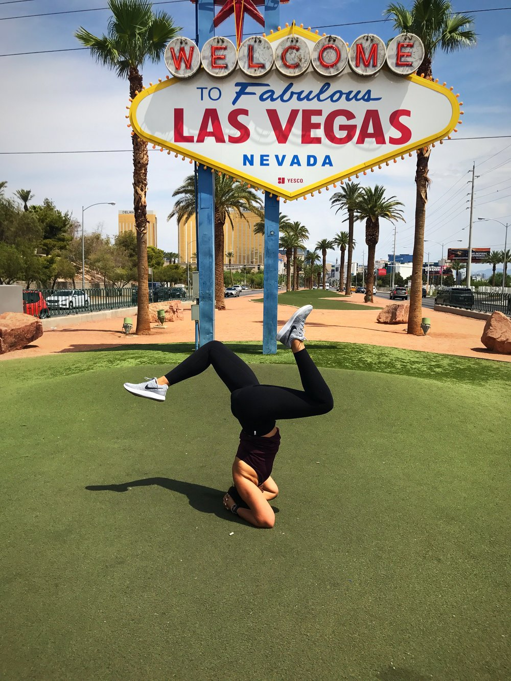 6 WAYS TO STAY HEALTHY ON A VEGAS TRIP