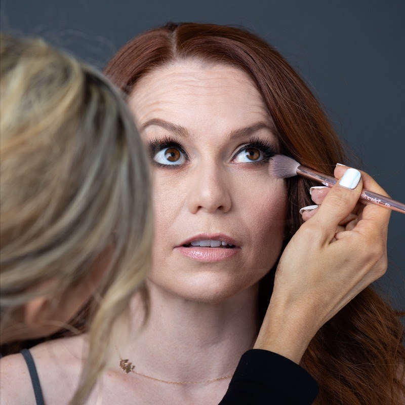 Pro Hair & Makeup -