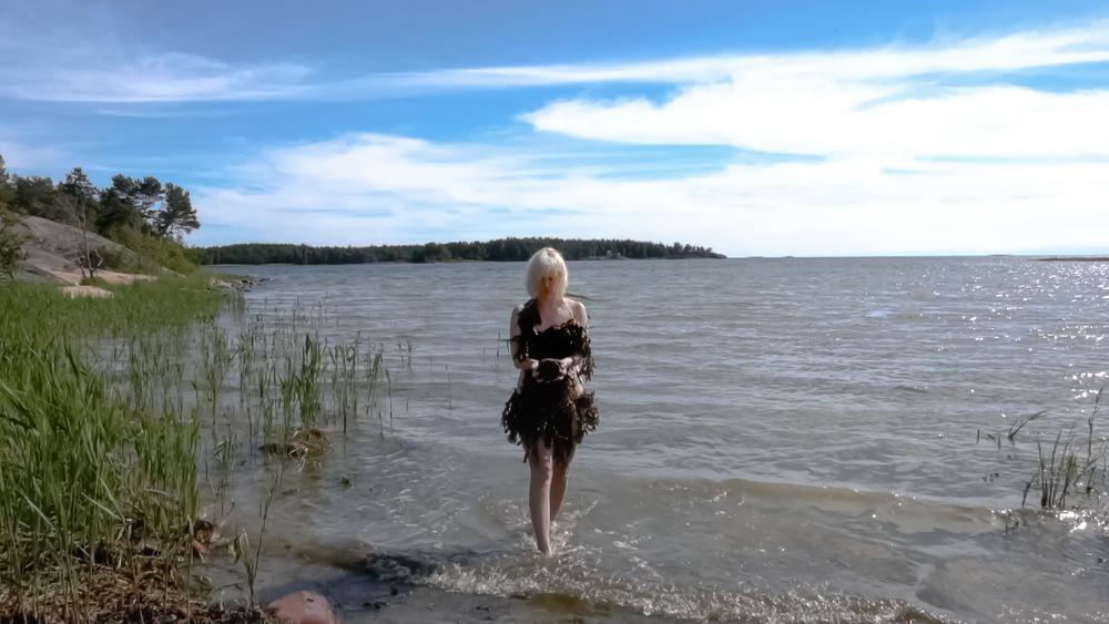 Stillbild från filmen Medvetandets strand.Längd: 03:30.Åland 2017.