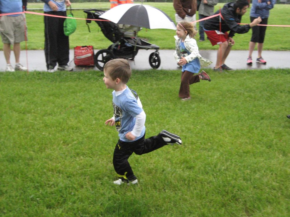 Luke running the Kids Dash!