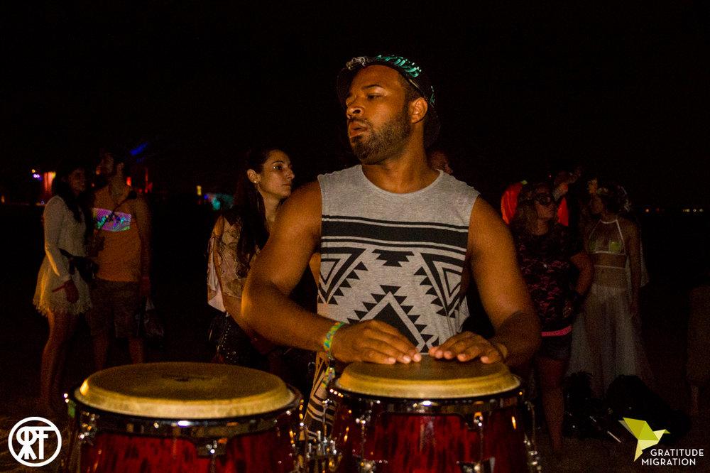Worldtown Soundsystem joins Setu Tribe at Gratitude Migration 2016.  Photo by  Ross Figlerski .