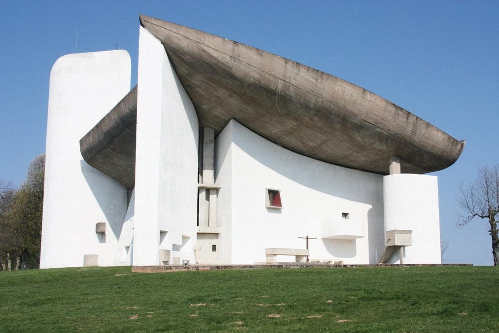 Le Corbusier Ronchamp.jpg