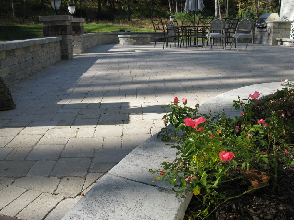Hopewell Junction NY  Patio design, patio installation. Hudson Valley, NY patio.