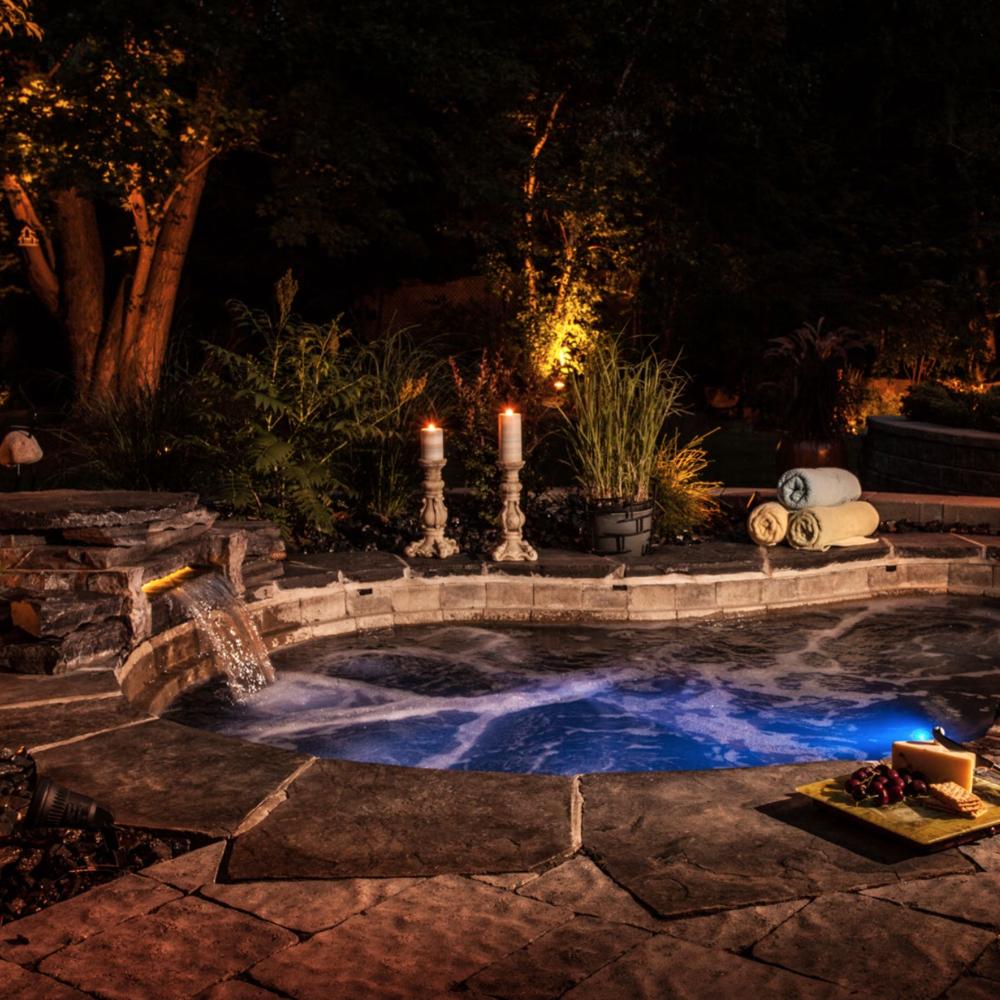 H2zen hot tub paradise