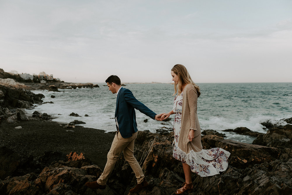 wildsoulsstudio-ocean cliff engagement-65.jpg
