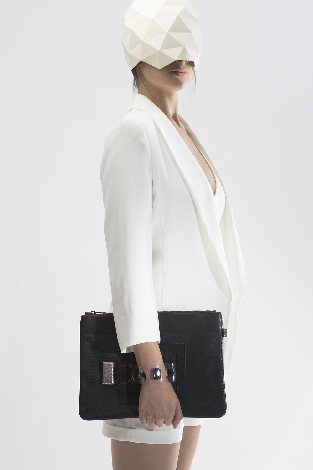 FruitenVeg-GEMA bag-eco-vegan-leather-luxury-tablet bag-bracelet-clutch-new-york-handbag-designer.jpg