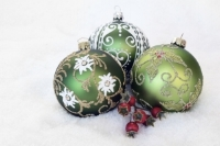 christmas-bauble-2956231_1920.jpg