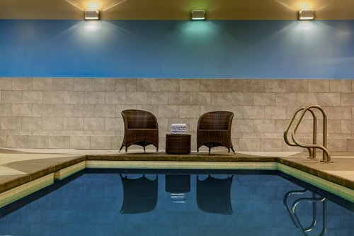 Solara-Resort-canmore-hotels-with-pool-solara-resort.jpg
