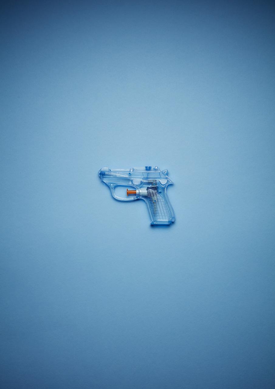 2-BluePistol.jpg