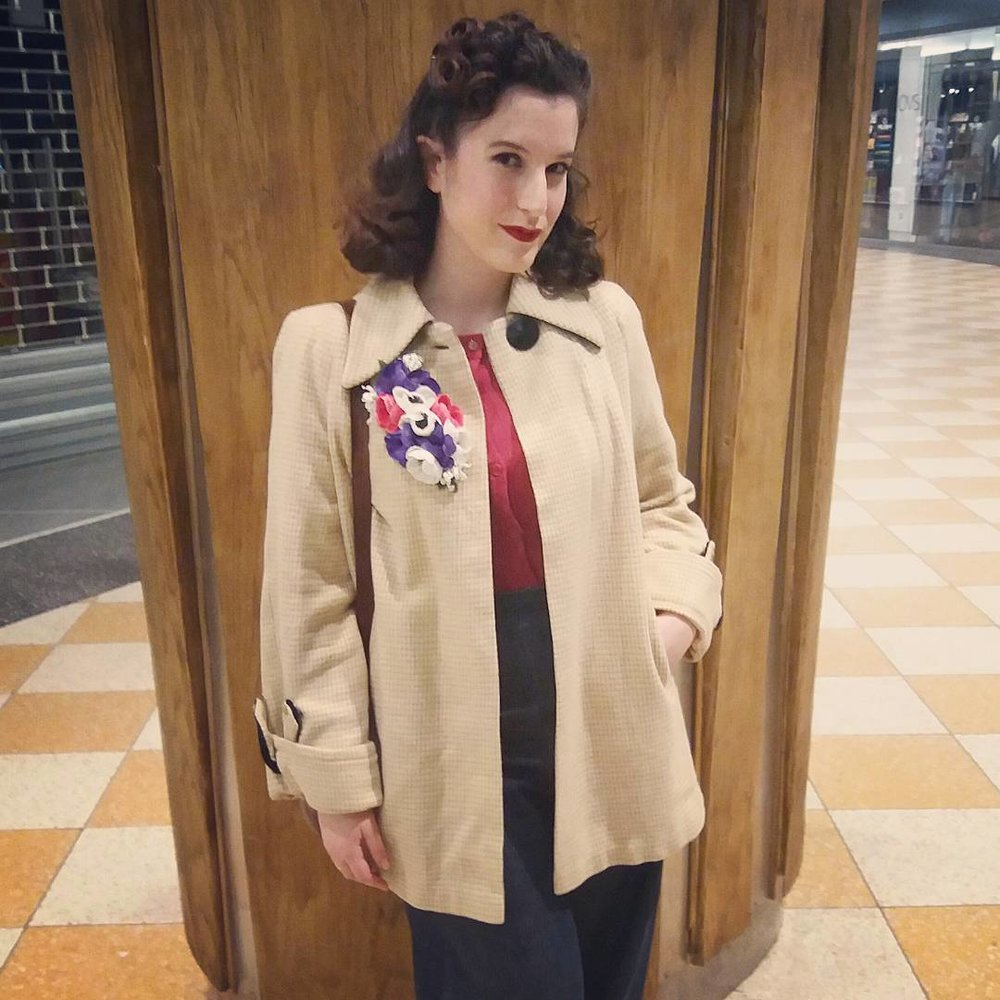 fca5291d1110 My Favorite Instagrammers for 1940s Fashion — Zella Maybe