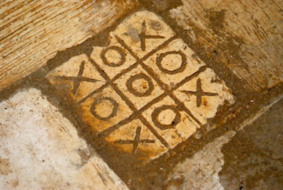 Noughts and Crosses on Lamu