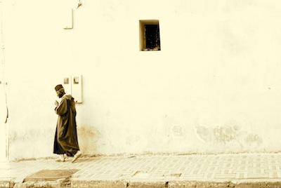 Man walking, Fez