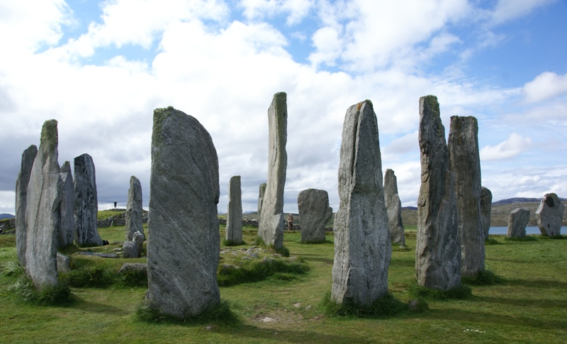 A harmless circle of stones, aye? NOT!  Photo : Otter.  CC BY 3.0