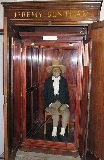 "Did someone say ""bleached and dyed politicians""?  Jeremy Bentham , in his own private  kakistopia , the very worst of worlds. (See  here  for more on mummy-Bentham.)"