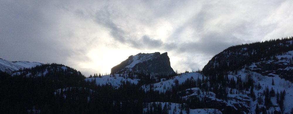 hallett-peak.jpg