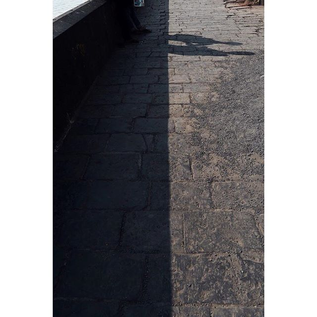 """🌇HIDDEN CITY🌃 promenade adjacent to the gateway of india 〰️ """"The Walls have been a cruising place since time immemorial; the area allows people to line up and check out one another. Eye contact, its duration, looking back at someone you liked and body language were used to show interest."""" - Pallav Patankar 🌈 photo essay for @verveindia as told to @ojaskolvankar"""