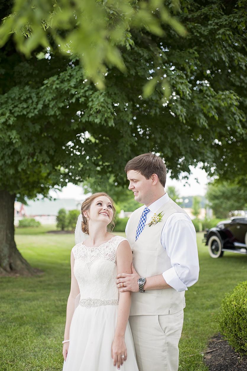 Stephanie Benge Photography | Sugar Grove Carriage House | Oak Grove, KY Wedding Photography